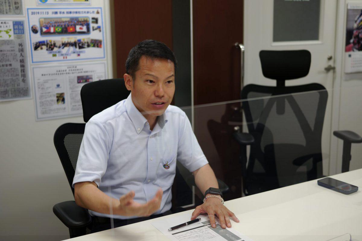 平野ビニール工業株式会社の本社の平野社長